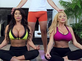 Yoga lesson fumbling unexpected for yoke hot ass milfs helter-skelter heats